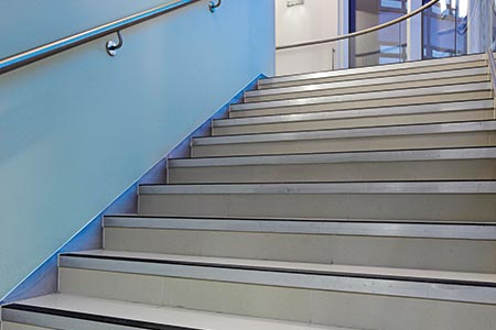 Creating safer stairs with less fall risk
