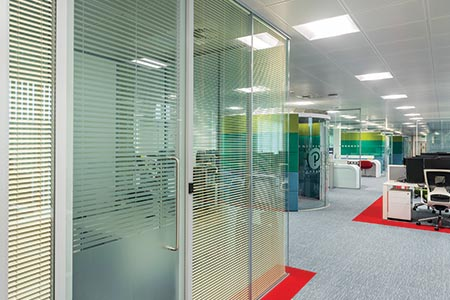 Twin-glazed system can support various glass types